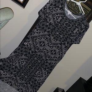 LuLaRoe black, white & grey Carly